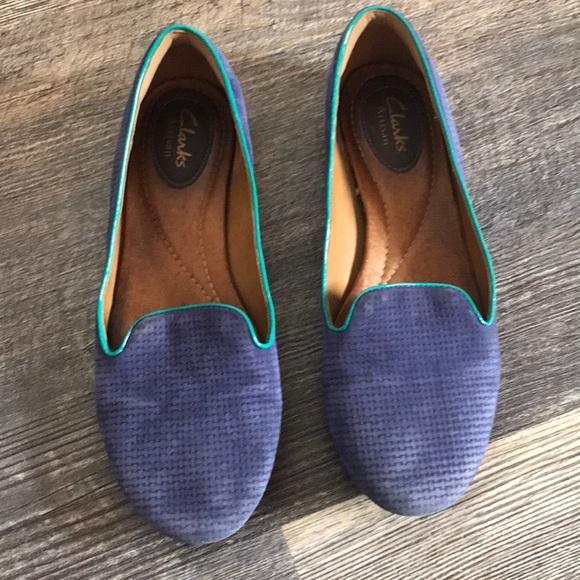 695edf5b8 Clarks Shoes - Clarks Artisan suede flats slides EUC! 7.5